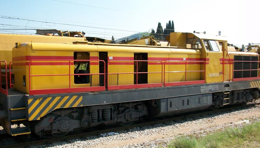 https://www.generalecostruzioniferroviarie.com/images/macchine/locomotori/locomotore3.jpg